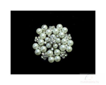 Bross csillogó fehér strassz kövekkel és selymesen fénylő gyöngyökkel díszítve