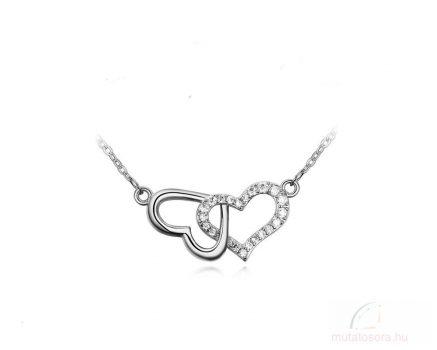 Csillogó fehér kristályokkal díszített dupla szív medál nyaklánccal