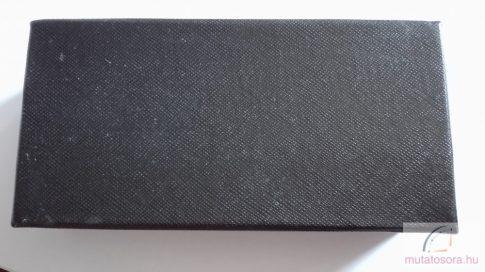 Fekete szivacsos papír óradoboz
